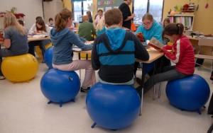 yoga_balls_in_classroom